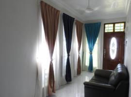 Aryan G100 Homestay, Kampung Kuala Besut