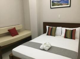 4.13 Suites Hotel, Корон