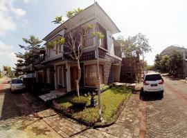 Grand Mansion Homestay Jogja, Джокьякарта (рядом с городом Balong)