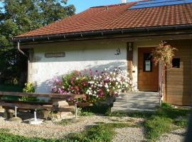 Gîte Rural Les Hirondelles, Montfaucon