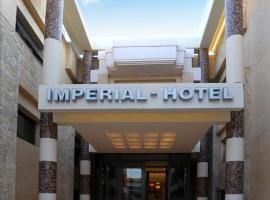 Imperial Hotel, Кассандра