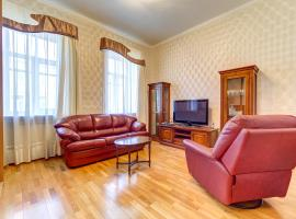 Apartment on Oranzhereynaya 7