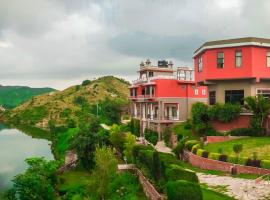 V Resorts Lake Alpi, Kumbhalgarh (рядом с городом Jhilwāra)