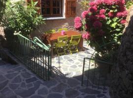 Casa a Stretta, Castello-di-Rostino (рядом с городом Bisinchi)