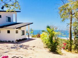 Villa Lombok, Santa Teresa Beach (Respingue yakınında)