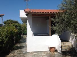 Our seaside home, Айи-Апостоли (рядом с городом Kalamos)