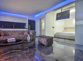 suite on the beach, Qiryat Bialik (рядом с городом Ẕur Shalom)