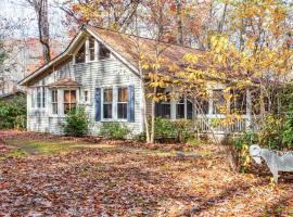 39 Maney Lane Home Home, Black Mountain
