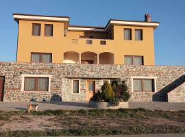 Nikos, Mesimérion (рядом с городом Agios Antonios)