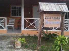 Alojamiento en casa madre, Camarón