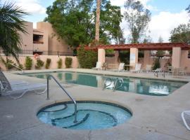 Affordable 1BR Condo North Phoenix, Phoenix (in de buurt van Lake Biltmore Estates)