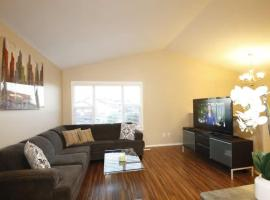 Executive 3BD and 2BR Suite near Airport by Prowess