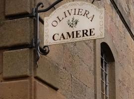 Oliviera Camere, Pienza