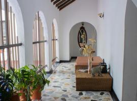 Chalet Villa Liliana, El Edén