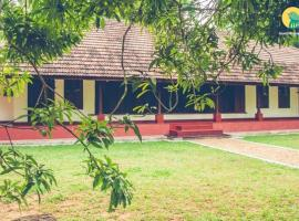 Bungalow in a serene location in Alappuzha, by GuestHouser 38879, Lālam