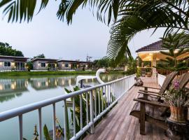 Rai Fahpratan Home and Garden, Ban Pak Ngam (in de buurt van Ban Pa Lau)