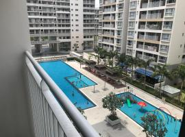 Scenic Valley Luxury 2Br #EXPO, GOLF, MALL