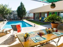 Super Luxury Villa Aegina Island, Эгина (рядом с городом Вайя)