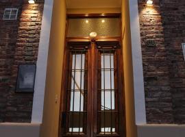 Eclat Suites, Villa Mercedes (Fraga yakınında)