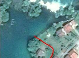 Green Island, Bihać (Prekounje yakınında)