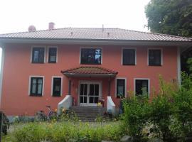 Ferienwohnung Waren (Müritz) - Haus Buchen am Tiefwarensee - 3 Zi, Waren (Alt Falkenhagen yakınında)