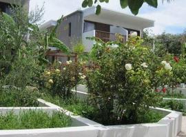 Milos Garden
