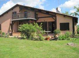 The Hansen House, Beaumont-de-Lomagne (рядом с городом Escazeaux)
