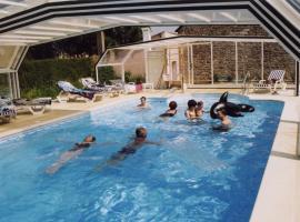Hotel Trecelin, Frehel
