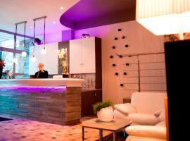 DM hotel, Форбаш (рядом с городом Folkling)