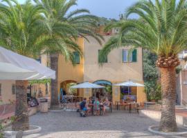 Hotel Arabesque