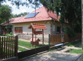Manó Vendégház, Pázmánd (рядом с городом Csontostanya)