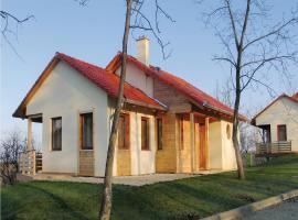 Three-Bedroom Holiday Home in Szolad, Szólád (рядом с городом Teleki)