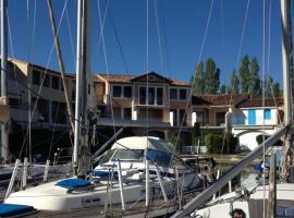 Romance in Port Grimaud