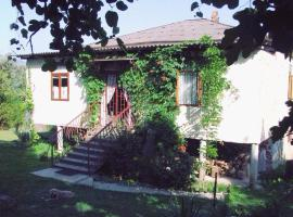 Holiday Home on Shaumiana, Новый Афон (рядом с городом Primorskoe)