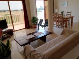 Marlen's Place near Paphos Airport, Baf (Anarita yakınında)