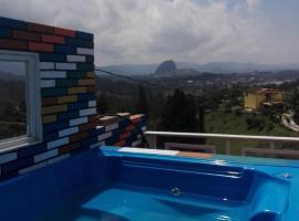 Mirador de Guatape-LookOut Lodge