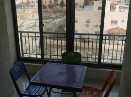 sam appartment, Khirbat Badrān (Az Zarqa yakınında)