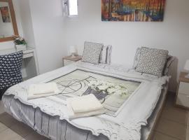 Yifat's Rooms Dead Sea, Неве-Зоар