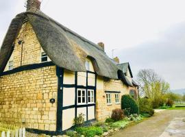 Bells Cottage, Alderton