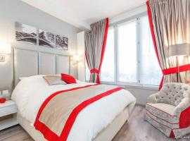 Romantic studio / Champs Elysées