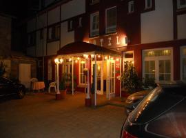 Cross-Country-Hotel Hirsch, Sinsheim (Hilsbach yakınında)
