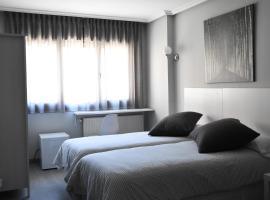 Hotel Carbayon