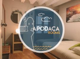 Apodaca Rooms
