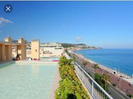 Superbe appartement vue mer sur la promenade des anglais piscine