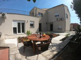 Faveria Apartments
