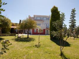 Groundfloor Luxury villa Heraklion Crete, Marathítis (рядом с городом Goúrnai)