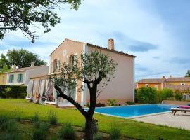Villa Belle avec piscine privée, La Rouviere
