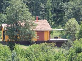 House on Village, Vilusi (Breštani yakınında)