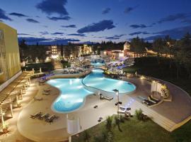 Hotel Sol Garden Istra for Plava Laguna, Умаг
