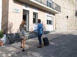 Mons Siccus Resort, Montefino